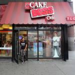 Baking Like Buddy – Meyer Launches Cake Boss Bakeware