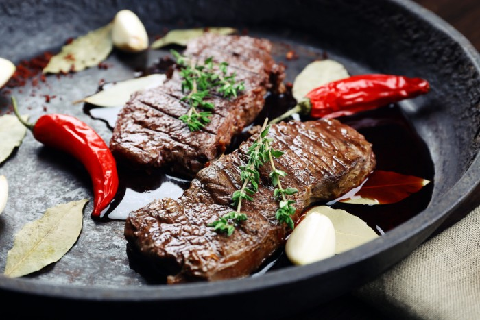 It\'s Time For Your Table Setting to Include a Set of Quality Steak ...