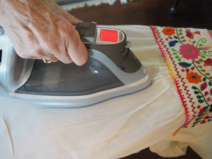 Ironing Made Easy with the Hamilton Beach Durathon Digital Iron